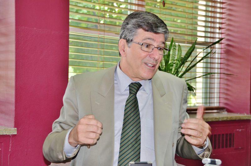 Sylvain Simard appuie le candidat Jean-François Lisée. | Photo: TC Média – Archives