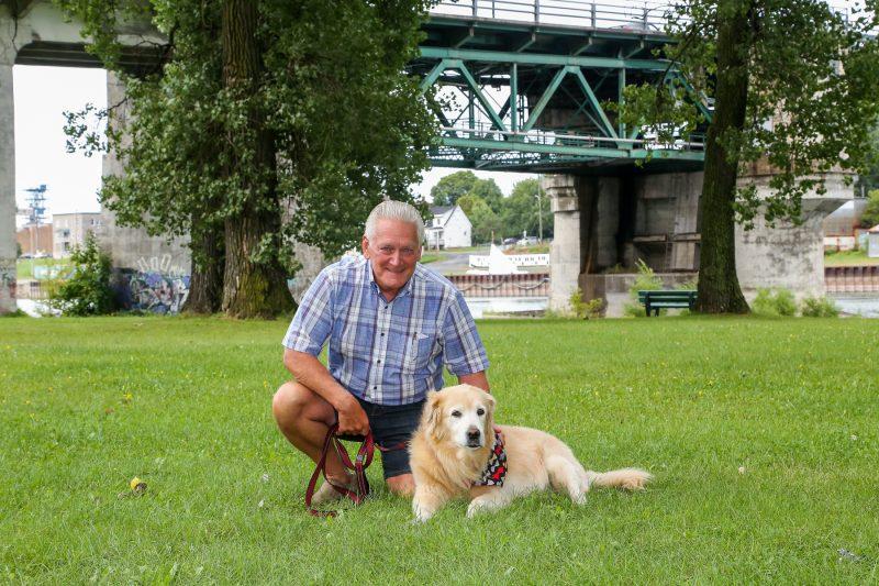 La balade de Michel Roberge et de son chien Max a été plus mouvementée que prévu le 2 août dernier. | Pascal Cournoyer