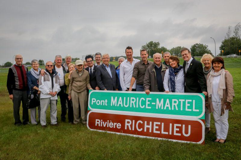 Plusieurs proches et collaborateurs étaient présents lors de l'inauguration. | Pascal Cournoyer