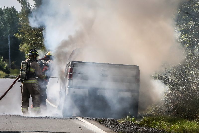 Le véhicule a été complètement détruit pas le feu. | Photo: TC Media - Pascal Cournoyer