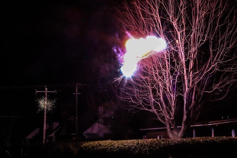 Le mauvais temps a causé des pannes de courant et des feux d'installation électrique dans la nuit du 20 au 21 juin. | Photo: TC Média – Pascal Cournoyer