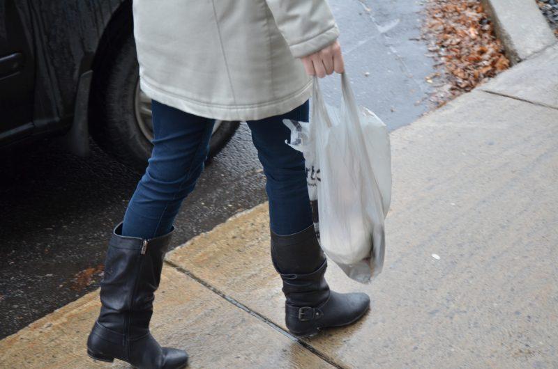 L'utilisation des sacs de plastiques sera interdite dans les commerces de la Ville de Contrecœur. | TC Média - Julie Lambert
