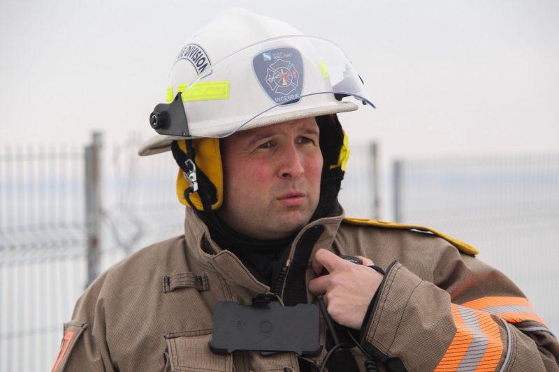 Le chef d'intervention du Service de sécurité incendie, Bruno Isabelle. | TC Média - Pascal Cournoyer