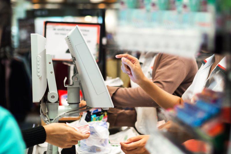 Avoir deux ou trois emplois en même temps exige de la rigueur, selon Cédric Maltais et Josianne Ayotte. | Photo : Depositphotos.com