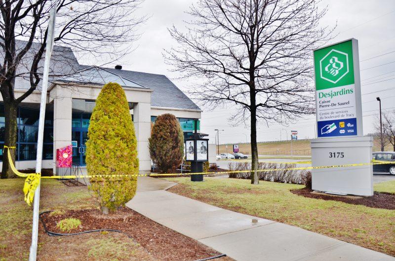 Si le centre de services sera fermé pour les trois prochains mois, les membres pourront retirer au guichet de la Caisse Desjardins du secteur Tracy d'ici deux semaines. | Photo: TC Média - Julie Lambert