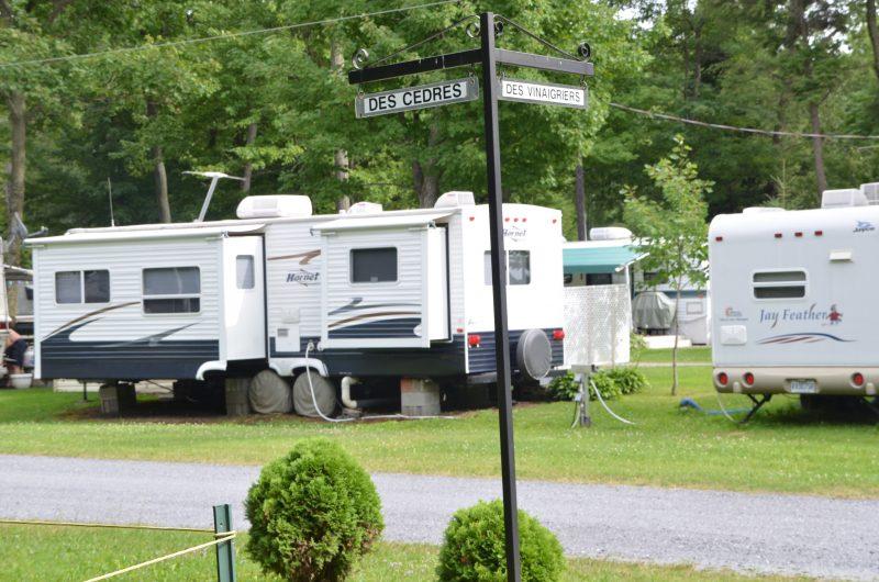 Quelques emplacements au camping Le Québécois. | Photo: TC Média - Jean-Philippe Morin