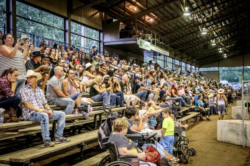 Le Rodéo de Sorel-Tracy a attiré près de 5000 personnes en deux jours les 19 et 20 août.   TC Média – Pascal Cournoyer