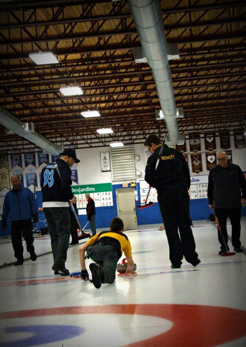 Le curling est en effervescence à Sorel-Tracy. | Photo: gracieuseté – Marie Castonguay