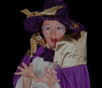 Une grande fête pour l'Halloween  mis sur pied par Gina Sirois du Monde de Gina (sur la photo) aura lieu au carré Royal le 31 octobre. | Photo: Gracieuseté