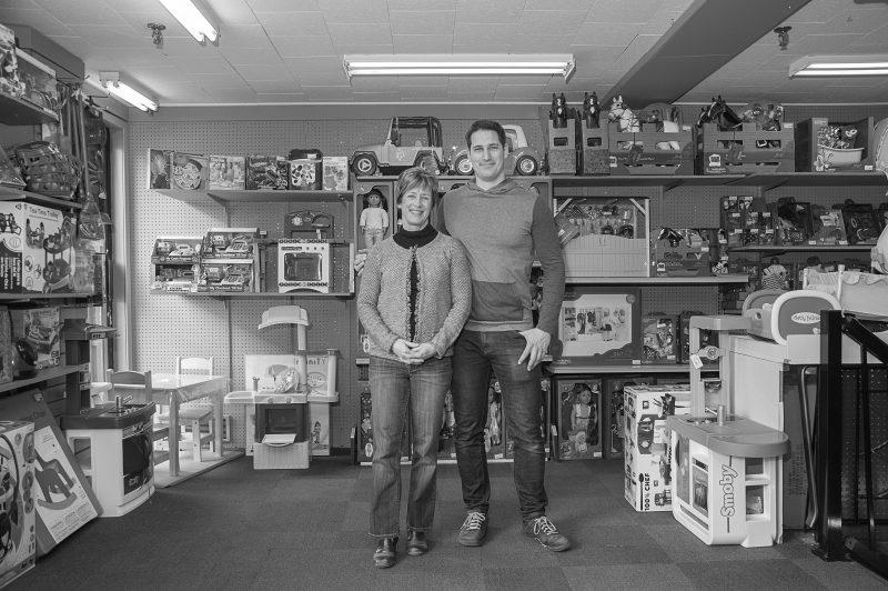 Le photographe Luc Roy a fait un tour de ville pour photographier notamment la Librairie Wilkie. | LUC ROY