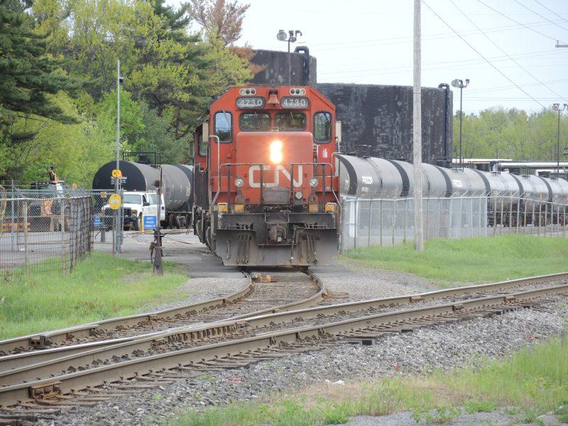 Les vieux wagons-citernes transportant du pétrole brut ne pourront plus circuler sur les voies ferrées au Canada.   Photo: TC Média – Archives