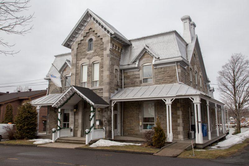 La Maison de la culture prendra place dans l'ancien presbytère construit en 1882. | TC Média – Pascal Cournoyer