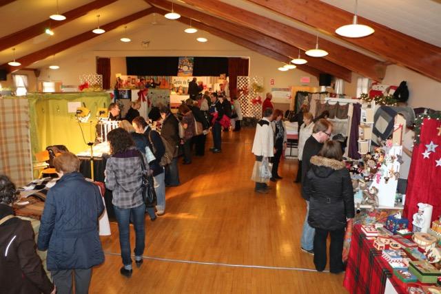 Entre 900 et 1000 personnes participent chaque année au Salon des métiers d'art de Saint-Ours. | Photos: Gracieuseté