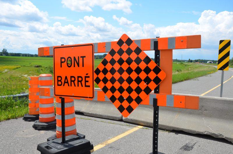Le pont sur le rang Saint-Thomas est fermé pour une durée indéterminée. | Tc Média - Sarah-Eve Charland