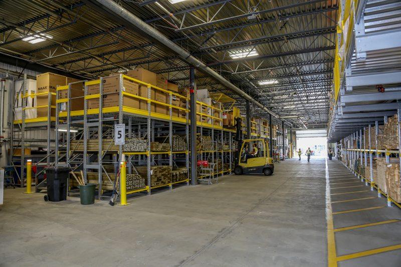 Le nouvel entrepôt de RONA de 12 500 pieds carrés est en fonction depuis la mi-juin.   TC Média - Pascal Cournoyer