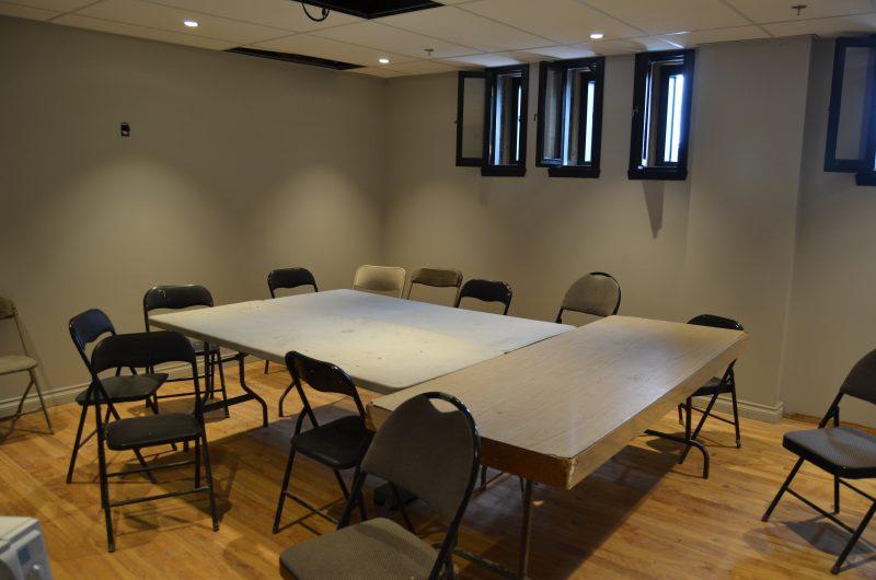 Les bureaux d'Azimut diffusion sont presque complétés. Voici ce qui servira de salle de conférence. | TC Média - Stéphane Martin
