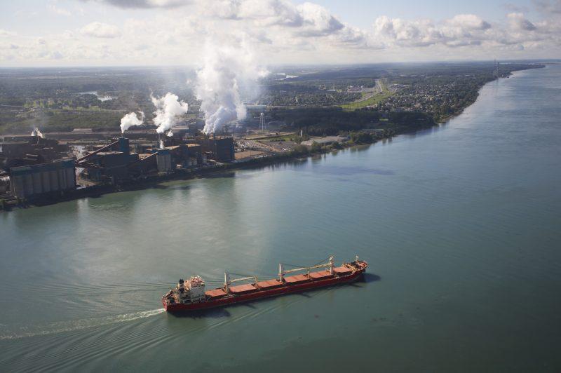 Deux éléments omniprésents dans la région, l'eau et les industries, seront au coeur d'un colloque le 7 septembre. | Gracieuseté