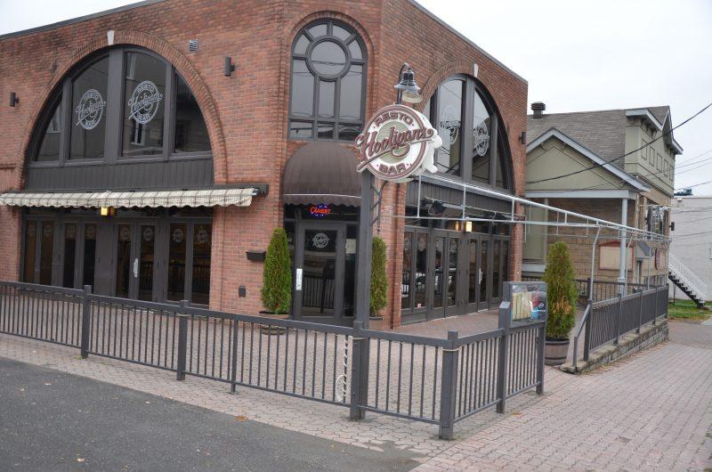 Le Resto-Bar Hooligans est la deuxième entreprise à annoncer sa fermeture dans la région cette semaine. | Photo: TC Média – Sarah-Eve Charland
