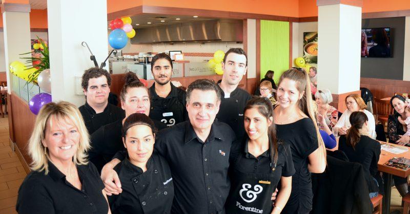 Les employés du Ben et Florentine ont travaillé bénévolement pour l'occasion. | TC Média - Sarah-Eve Charland
