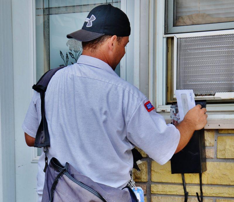 Les employés de Postes Canada pourraient utiliser la grève dès le 2 juillet afin d'arriver à une entente pour leur nouvelle convention collective. | Photo: TC Média - Archives