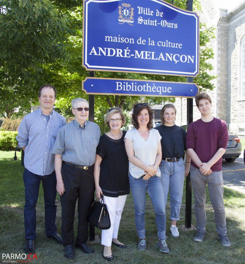 La famille d'André Melançon a inauguré le bâtiment. | Gracieuseté/Maurice Parent