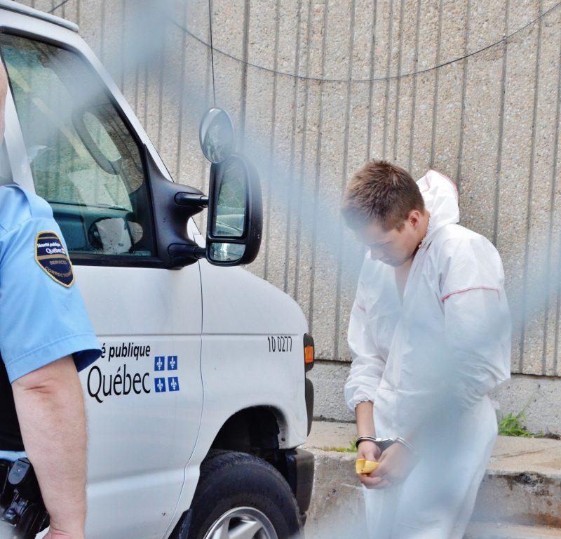 Un des accusés dans l'affaire d'introduction par effraction sur le boulevard Fiset, Dave Batten, demeurera détenu pour la suite des procédures. | Photo: TC Média - Sarah-Eve Charland