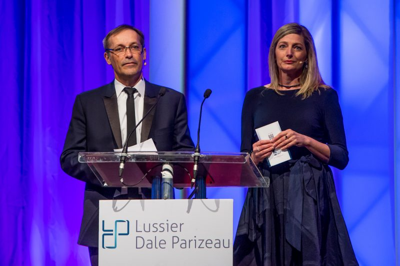 Guy Hemmings et Sophie Hasty ont assuré l'animation du 32e Gala du mérite économique, le 29 avril. | Pascal Cournoyer