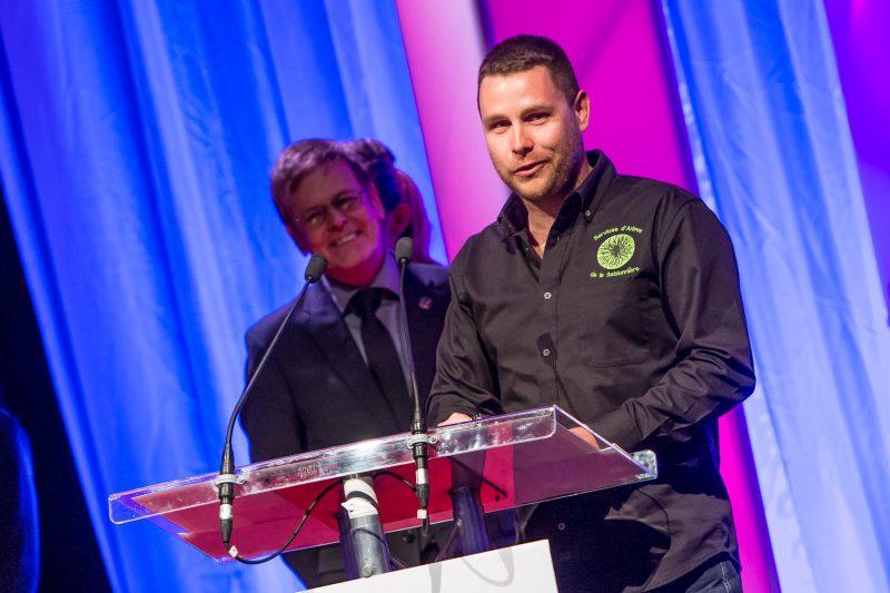 Olivier de la Sablonnière, de Services d'arbre de la Sablonnière, a reçu le prix Audace dans la catégorie Entreprise de services volet 10 employés et moins. | Pascal Cournoyer