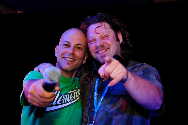 Éric Méo Champagne en compagnie du DJ Éric Massicotte. | Gracieuseté de Pierre Perreault - Photographe