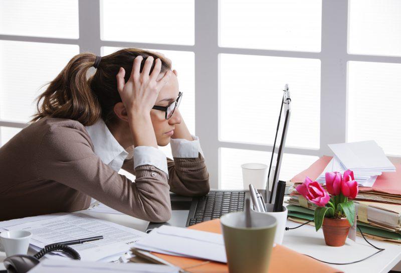 Nombreux sont les Sorelois à vivre de la détresse psychologique en milieu de travail. | depositphotos.com