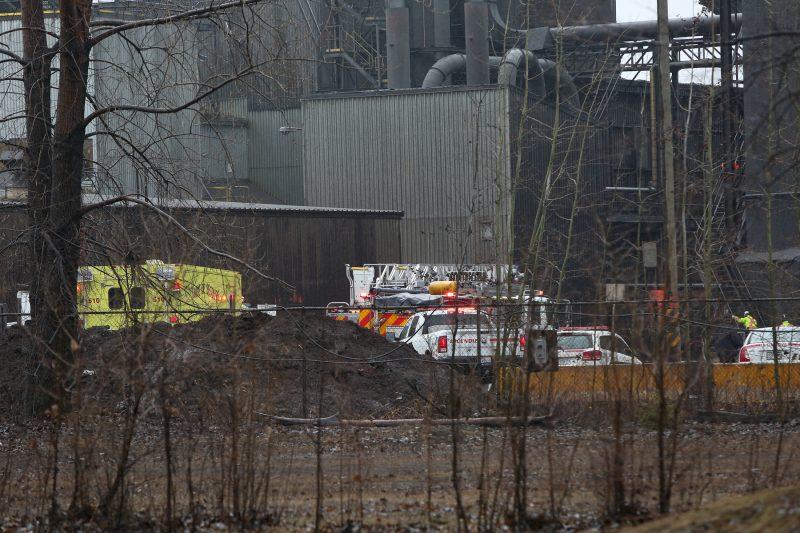 Un incendie a pris naissance dans un convoyeur de l'entreprise ArcelorMittal cet après-midi. | Photo: TC Média – Pascal Cournoyer