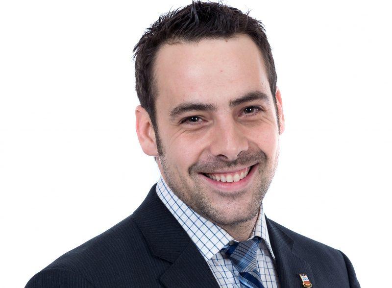 Le conseiller Yannick Joyal. | © 2013 NathB photographe - tous droits réservés - www.nathb.ca