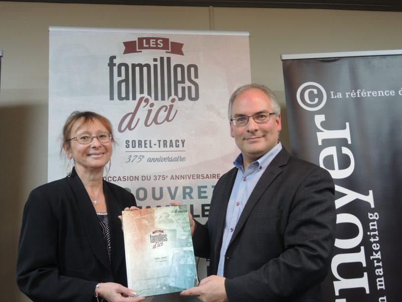 La rédactrice Catherine Objois et le président-directeur général et éditeur, Laurent Cournoyer.  |  © Photo: Sarah Elisabeth Aubry