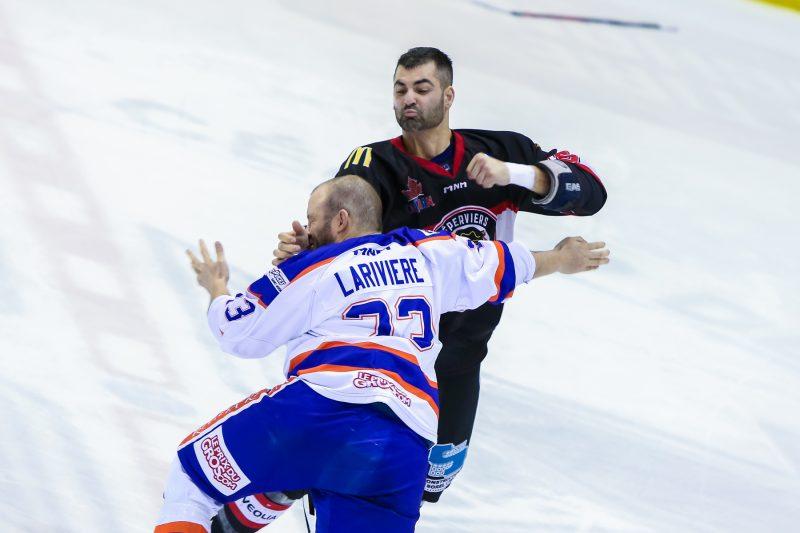 Les Éperviers ont gagné 6-3 contre les Draveurs le 2 mars dans ce qui était le prélude d'un affrontement en séries. (Photo: Pascal Cournoyer)