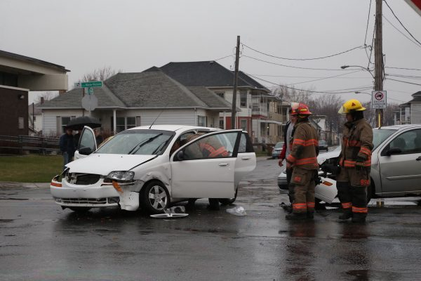 Collision entre deux véhicules dans le secteur Tracy