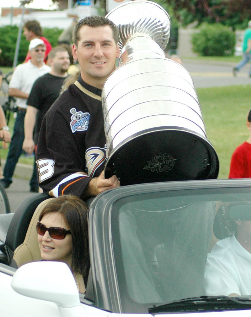 François Beauchemin a ramené la Coupe Stanley à Sorel-Tracy en 2007. (Photo : archives)