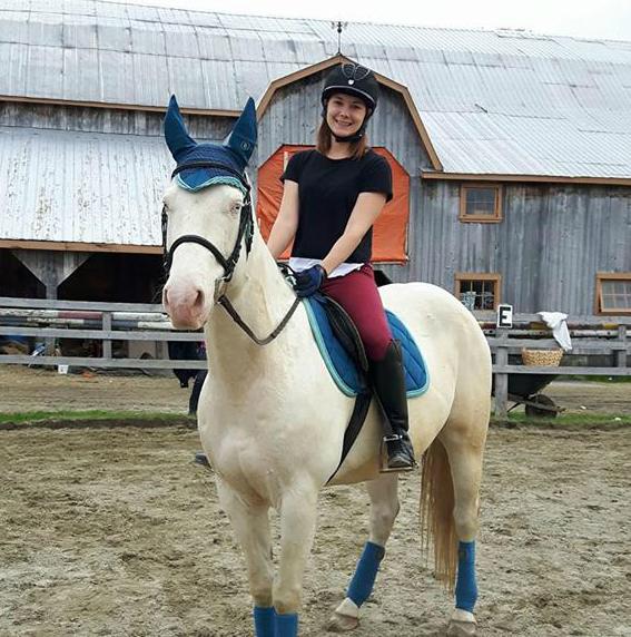 Arianne Dulac ouvrira son centre d'équitation en Outaouais. (Photo: gracieuseté)