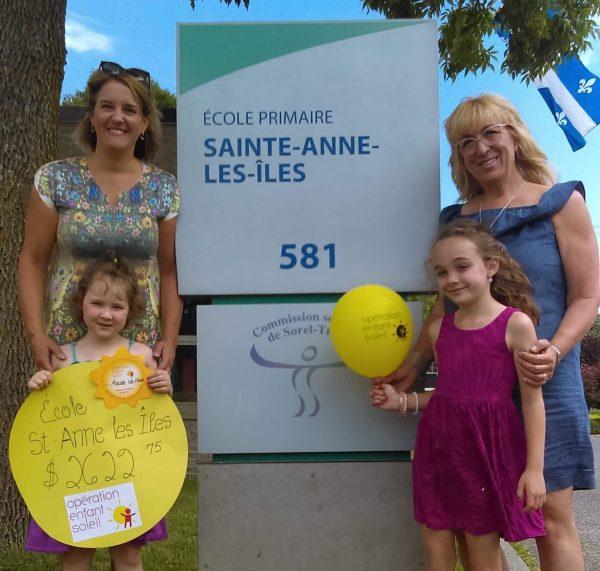 L'école Sainte-Anne-les-Îles remet 2 622,75$ à Opération Enfant Soleil
