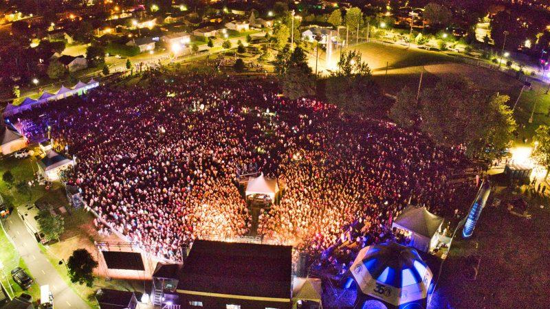 Près de 15 000 personnes ont assisté au spectacle des Cowboys Fringants lors des Diableries de Contrecœur, au parc Antoine-Pécaudy. (Photo: gracieuseté)