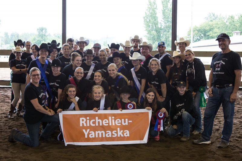L'équipe de Richelieu-Yamaska a remporté le titre de vice-championne pour une deuxième année consécutive. (Photo: gracieuseté/Equineartphoto Marie-Claude Bérard)