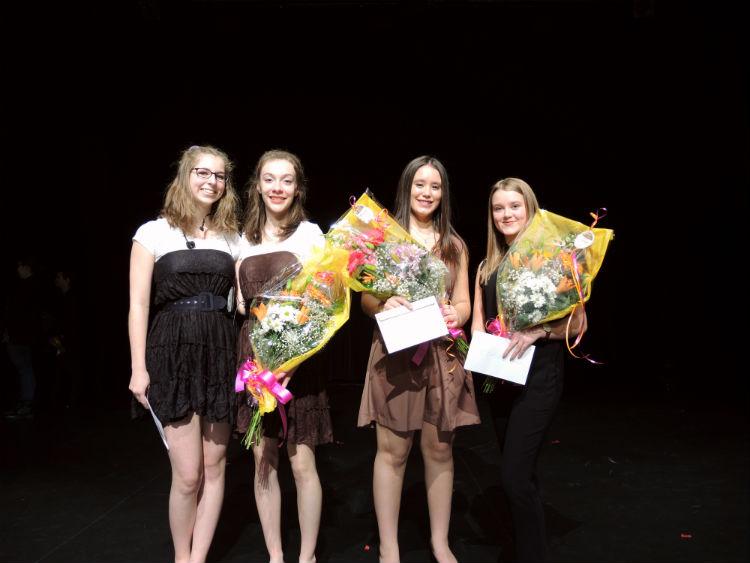 Les gagnantes de la finale locale de Secondaire en spectacle de l'École secondaire Fernand-Lefebvre Photo Katy Desrosiers | Les 2 Rives ©