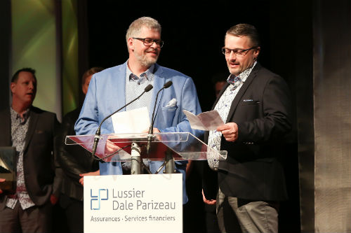 Michel Boisvert de Transport Vilmik (à gauche) est le président d'honneur du 34e Gala du mérite économique qui se tiendra au Cégep de Sorel-Tracy le 27 avril prochain.  Photothèque | Les 2 Rives ©