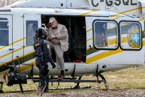 Le maire de Sainte-Anne-de-Sorel, Michel Péloquin, a pu survoler sa municipalité avec l'hélicoptère de la Sûreté du Québec pour voir les zones inondées.  Photo | Les 2 Rives ©