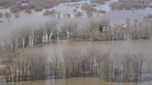 Le drone de la Sûreté du Québec a survolé la zone inondée à Yamaska la semaine dernière. Photo Sûreté du Québec