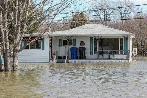 Le gouvernement de la CAQ compte indemniser plus rapidement les sinistrés que lors des inondations de 2017.  Photo Les 2 Rives ©
