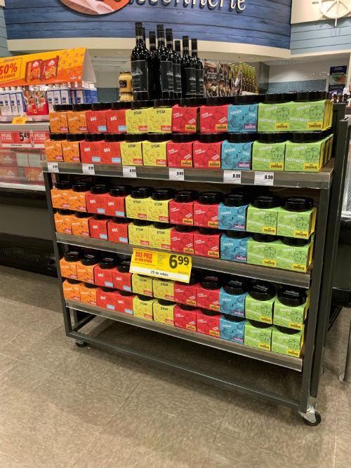 Les produits Les Savoureux se retrouvent aussi dans des épiceries affiliées à des bannières.  Photo gracieuseté