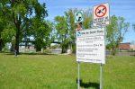 Module de jeux, tuyauterie et monument historique au menu à Sorel-Tracy