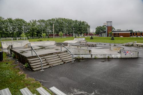 Le nouveau skate park remplacera l'ancien qui est déjà situé près de la Maison des jeunes La Place. Photo Pascal Cournoyer | Les 2 Rives ©