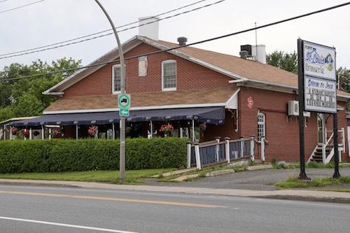 La Brasserie Saint-Louis est située sur la route Marie-Victorin dans le secteur Tracy.  Phototèque | Les 2 Rives ©