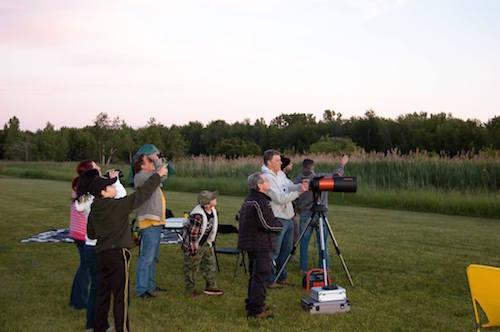 Le Club d'Astronomie Saurel organise plusieurs activités pour les astronomes amateurs pendant l'année.  Photo gracieuseté
